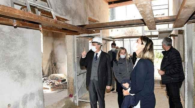 Vali Su, 'İz Bırakanlar Müzesi' çalışmalarını inceledi