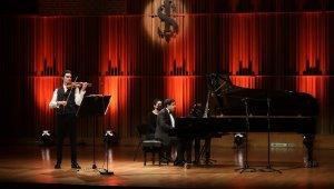 Yiğit Karataş İş Sanat'ın Mart ayı konser programını başlatıyor