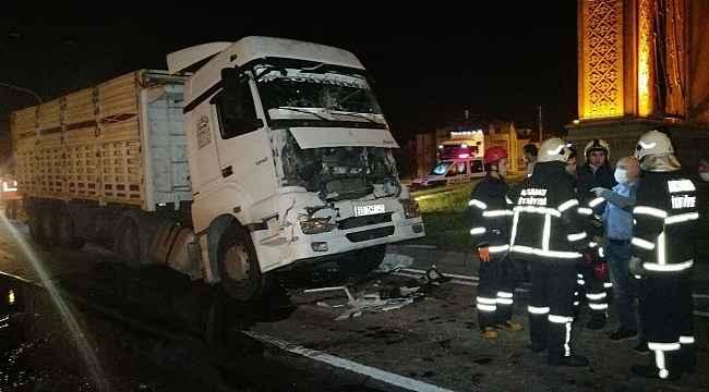 Aksaray'da 2 tır çarpıştı: 1 yaralı