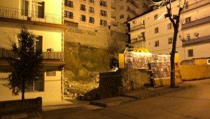Ankara'da çökme tehlikesi olan 8 katlı apartman ve çevresindeki 15 bina boşaltıldı