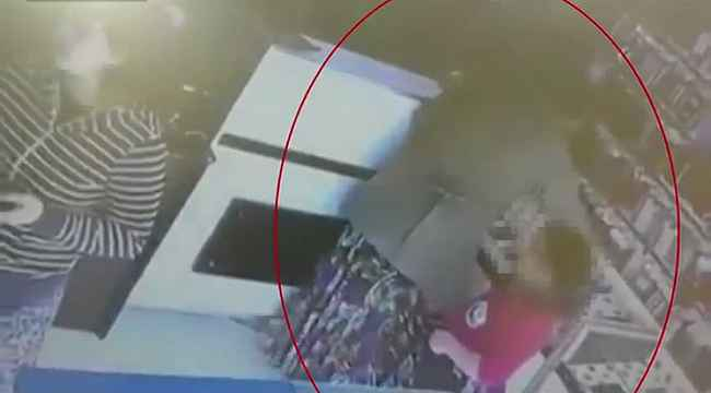 Arnavutköy'de şüphe üzerine durdurulan kadınlar telefon hırsızı çıktı