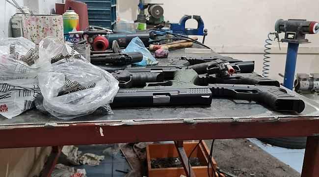 Bağcılar'da yasa dışı silah imalathanesine operasyon