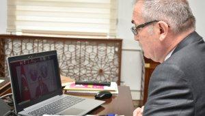 Bakan Selçuk'la telekonferans yoluyla yapılan toplantıya katıldı