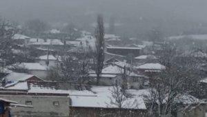 Balkanlar'dan giriş yapan kar Trakya'yı beyaza bürüdü