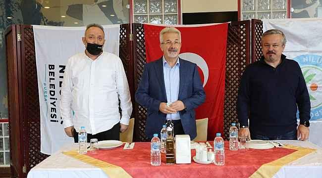 Başkan Erdem'den Nilüfer'in sultanlarına kutlama ziyareti - Bursa Haberleri