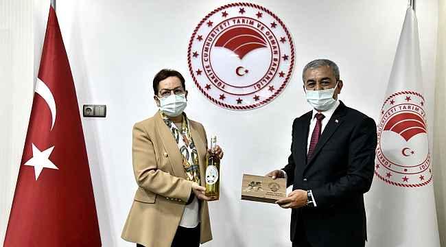 Başkan Kaplan, Koçarlılı üreticilerin taleplerini Ankara'ya taşıdı