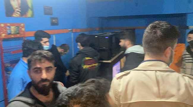 "İnternet kafede ""Counter-Strike"" maçına polis baskını"