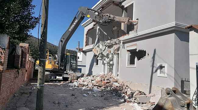 Bodrum'da 2 yılda 423 yapı yıkıldı 2 bin yapı ise yıkılmayı bekliyor