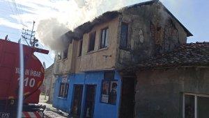 Bursa'da ev yangınında facia önlendi - Bursa Haberleri