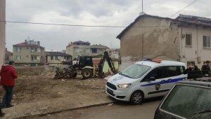 Bursa'da izinsiz inşaat yıkımı durduruldu - Bursa Haberleri