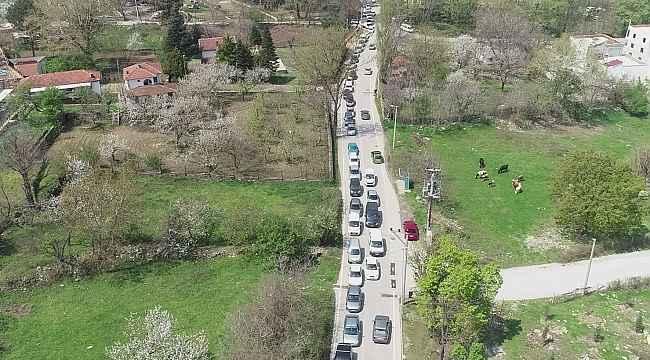 Bursa'da kısıtlama öncesi kilometrelerce kaynak suyu kuyruğu - Bursa Haberleri