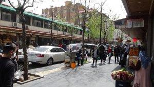 Diyarbakır'da kuruyemişçiler Ramazan ayına hazır