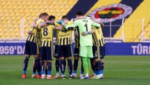Fenerbahçe'de 11'de 3 değişiklik
