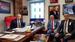Genel Sekreter Uzun, milletvekilleri Ünal ve Güneş ile bir araya geldi