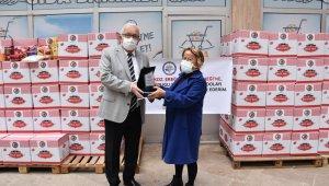 Gurbetçiler, gıda kolisi desteğinde bulundu