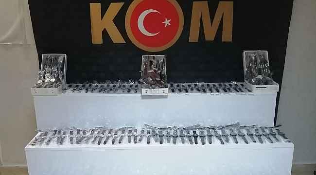 Hatay'da 250 adet kaçak kol saati ele geçirildi