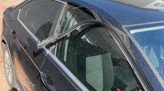 İlçe başkanının otomobiline çirkin saldırı - Bursa Haberleri