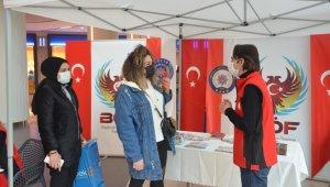 İstanbul Terörle Mücadele Şubesi, terör örgütlerine karşı vatandaşları bilgilendiriyor: 84 bine yakın aileyle temas kuruldu