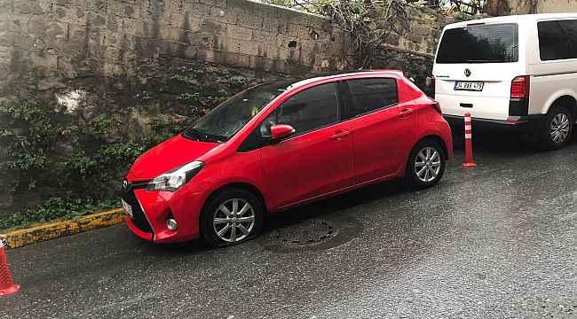 İstanbul'da 20 aracın lastiğini kesen minik afacanlar yakalandı