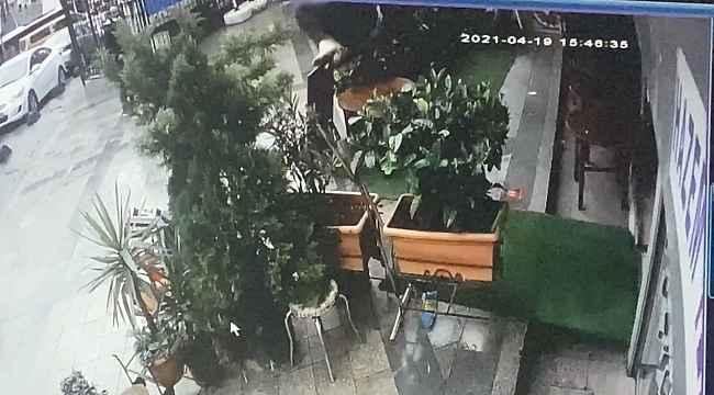 İstanbul'da gasp şüphelisi polis baskınından kaçarken çatıdan düştü