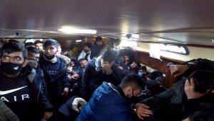 İzmir'de 117 düzensiz göçmen kurtarıldı