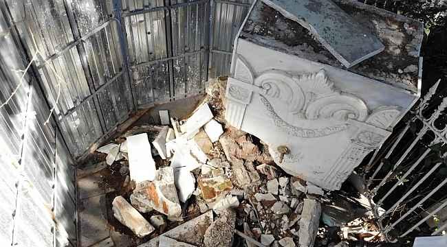Kadıköy'de bir gecede yok olan tarihi çeşme, aylardır restore edilmeyi bekliyor