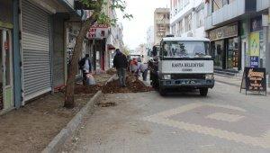Kahta'daki işlek cadde ve sokaklar sil baştan yenileniyor
