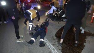 Kısıtlama saatinde moto kuryeler çarpıştı - Bursa Haberleri