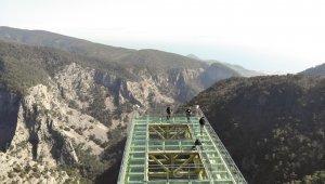 Kazdağları'na cam seyir terası