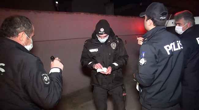 Kısıtlama saatinde hareketli dakikalar.... Uyuşturucuları çatıya atıp kaçmaya çalıştı - Bursa Haberleri
