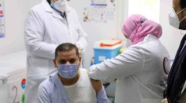 Libya'da korona virüse karşı aşılama başladı
