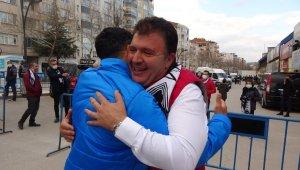 Manisa FK, şampiyonluğunu namağlup ilan etti