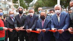 Menemen'de Türk Kızılay Attila İlhan Kan Alma Birimi törenle açıldı