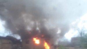 Metruk bina alev alev yandı - Bursa Haberleri