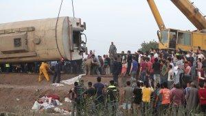 Mısır'daki tren kazasıyla ilgili 4 demiryolu çalışanı hakkında gözaltı kararı