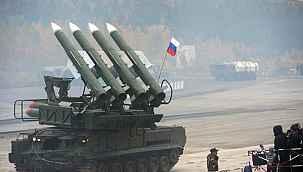 """NATO Genel Sekreteri Stoltenberg: """"Endişeliyiz, Rusya, Ukrayna topraklarından askerlerini çekmeli"""""""