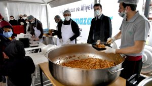 Osmangazi'de günlük 2 bin 500 kişiye sıcak iftar yemeği - Bursa Haberleri