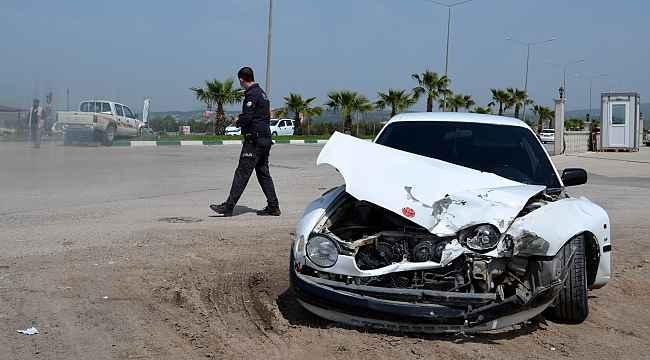 Osmaniye'de anne ve bebeği kazada yaralandı