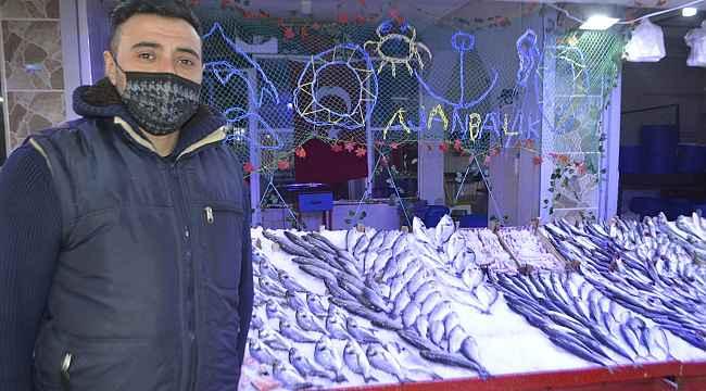 Ramazan arifesi balık fiyatları düştü