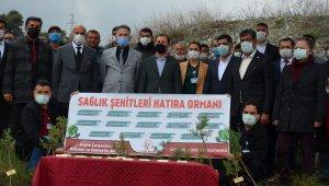 Sağlık çalışanları anısına 300 fidan dikildi