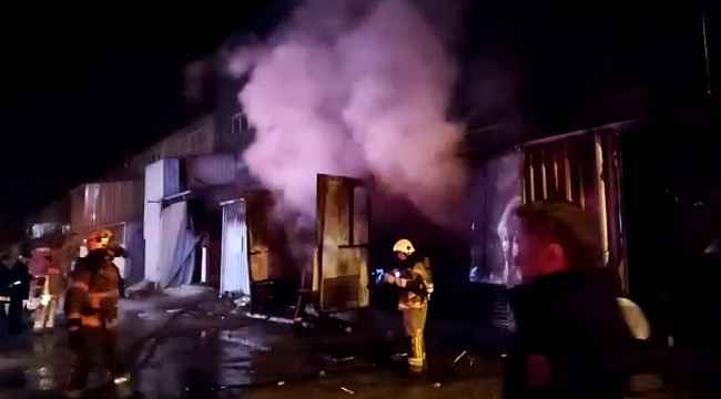 Sahur vakti Mobilya fabrikasında yangın - Bursa Haberleri