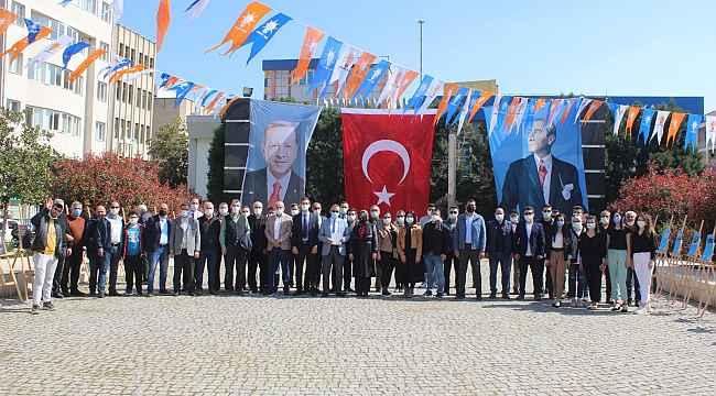 Salihli AK Parti'den açık hava sergisi