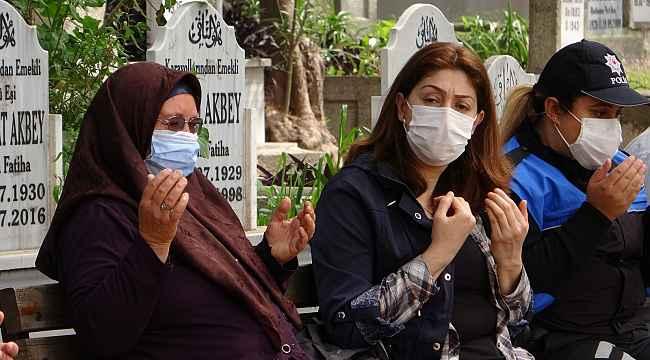 Şehit polis aileleri gözyaşlarını tutamadı