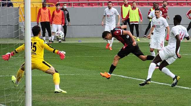 Süper Lig: Gençlerbirliği: 2 - Sivasspor: 3