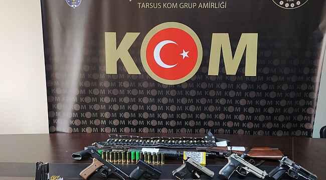 Tarsus'ta silah kaçakçılarına baskın