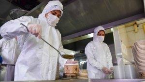 Tepebaşı Belediyesi Ramazan ayında da ihtiyaç sahiplerine sıcak yemek ulaştıracak