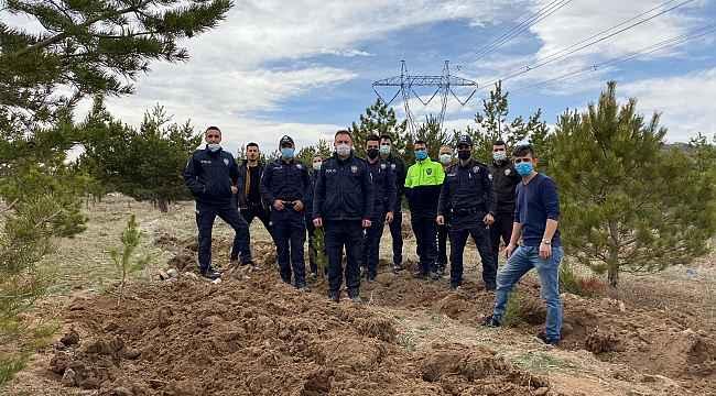 Tomarza'da Türk Polis Teşkilatının 176. yıl dönümünde 176 fidan toprakla buluşturuldu
