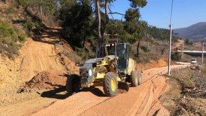 Turgutlu'da 15 mahallenin kullandığı güzergahtaki yol genişletiliyor
