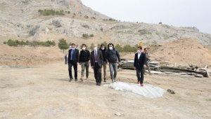 Tuşba Belediyesi 'Akköprü Millet Bahçesi'nin yapımına başladı