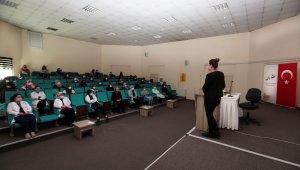 Van'da kadına yönelik şiddetle mücadele semineri